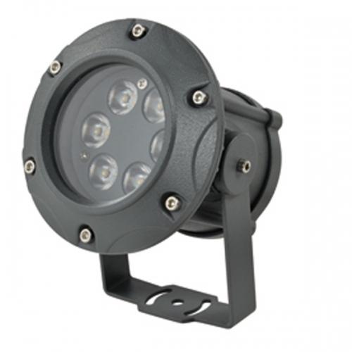 投光灯在使用时可以不用控制器